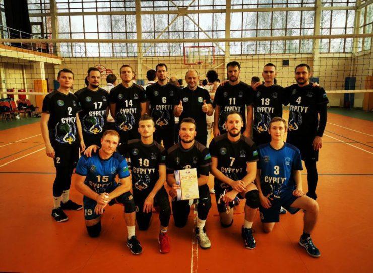 Сургутские волейболисты взяли серебро на Кубке России