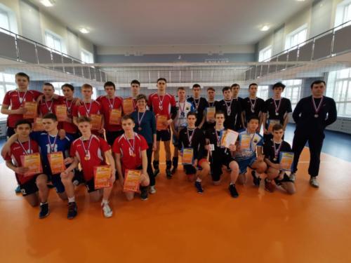 Второй этап Всероссийских соревнований по волейболу в г. Челябинске