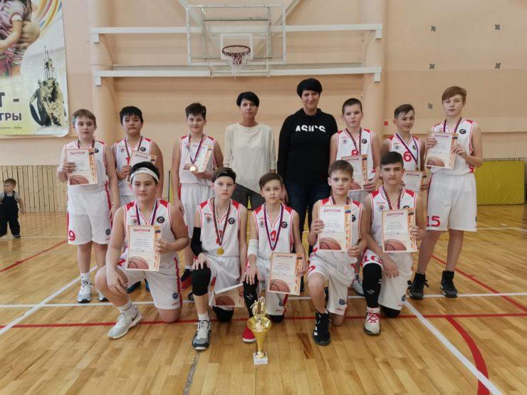 """С 26 по 28 февраля в СК """"Аверс"""" проходило Открытое первенство города по баскетболу среди юношей 2007 г.р."""